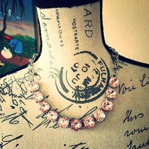 Jewelry - Chunky Pink Ice Crystal Necklace 💖